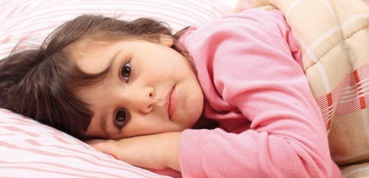 Insônia e ansiedade são efeitos colaterais comuns dos estimulantes para crianças. Muitas vezes, esses problemas são contornados com outras drogas psicotrópicas.